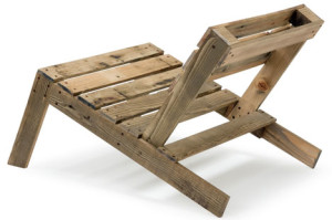 recycled-wood-pallet-chair