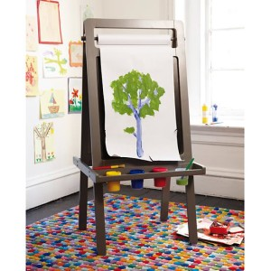 artists-portrait-easel
